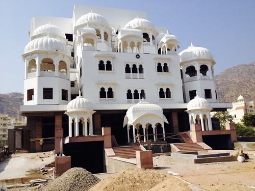 hotel-chandan-raj-palace