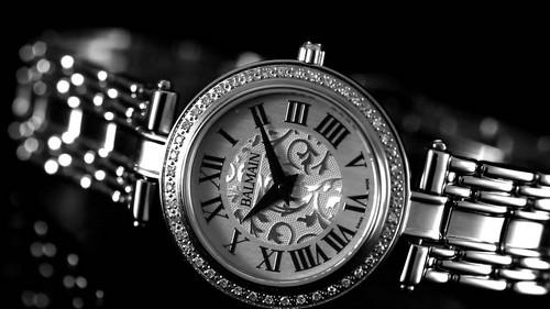 Ovation. Часы от компании Balmain